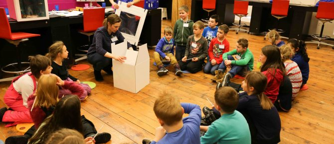 "<span>""Gecko Gustav is looking for his stone"" - Children build a children's course for the special exhibition ""CSI Freiberg, a murder case in terra mineralia"". <br />